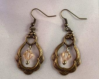 Steampunk Victorian, Vintage look, crystal earrings