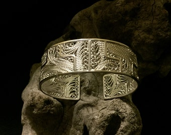 Silver filigree cuff bracelet andean design