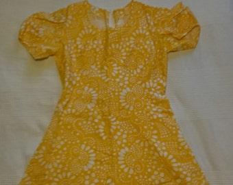 Nice yellow flowery 60s 70s dress cotton