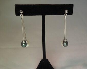 Black and White Pearl Dangle Earrings