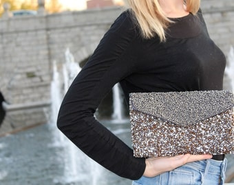 Brown/grey chic bead glossy cover.