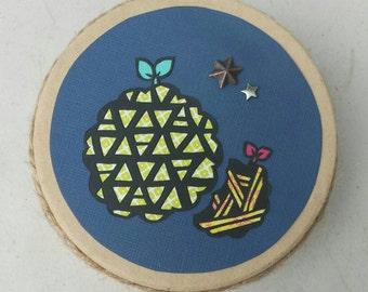 Handmade papercut small box