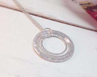 Circle Necklace, Eternity Necklace, Hoop Necklace, Three Circles, Simple Modern Necklace, Hammered Silver, Gift for Girlfriend, Gift