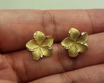 14K Yellow Gold Hawaiian Plumeria Earrings