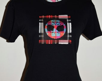 Celtic Tree of Life on tartan - Bespoke T-shirt - Novelty Gifts - Gifts for Her - Celtic Knots - Celtic Gifts