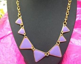 collar purple triangle