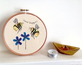 Bee Happy embroidery hoop framed wall art picture gift, personalised stitched fabric applique. Wildlife nature textile art,