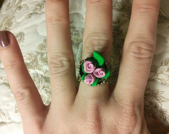 "Adjustable romantic ring ""Corsage"""
