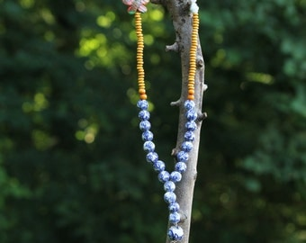 Ibiza syle necklace with delft blue beads