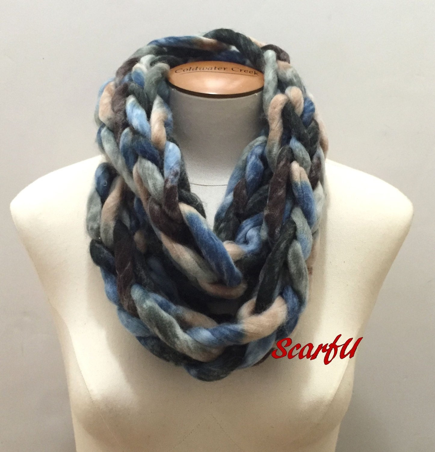 chunky chain knit infinity scarf blue brown