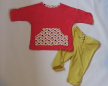 Coral Mod Dots Baby Girl/Size 3-6 months 2-piece Outfit-Leggings /Baggy Sweatshirt  Coral/Mustard/Brown/White Retro
