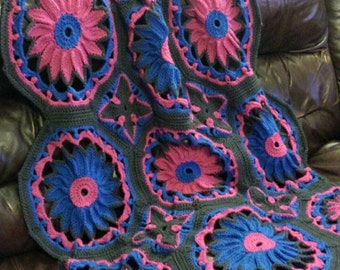 Crocheted Daisy Afghan