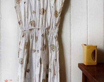 Vintage 1980's White hat pattern dress - Medium