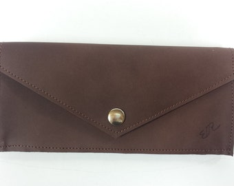 With brown leather wallet