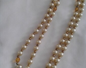Faux pearl gold bead necklace
