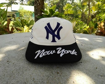 Rare vintage NEW YORK YANKEES | mlb cap hat one size fit all