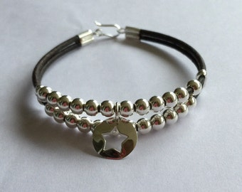 Custom bracelet made in silver 925 with leather