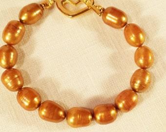Bracelet,  Freshwater Pearls (Gold)