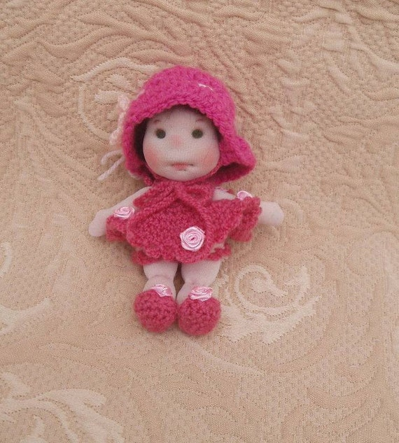 Items similar to waldorf doll stainer doll fabric doll - Material waldorf ...