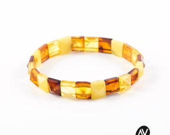 Baltic Amber Bead Bracelet | Beaded amber jewelry | Mixed colour bracelet | Amber beads | Polished beads | Bracelet for Adult AVM0038