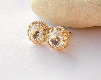 Clear swarovski stud earrings - gold pearl earrings - classic earrings - stud earrings - crown setting - gift - Stud earrings- crowm studs