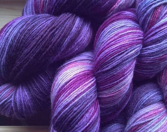 Hand-dyed wool in the color gradient