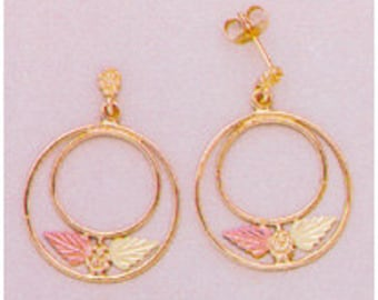 10kt Gold Two-Leaf Circle Dangle Earrings 10kt Gold Earrings with 12kt Red And Green Gold Leaves. a24374