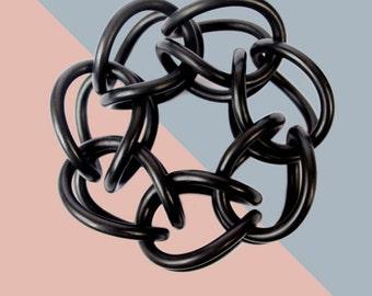 black rubber bracelet KNOT