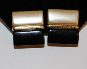 Vintage, Mother of Pearl, Black Oynx, Gold Plated, Screw Back, Earrings, 313055