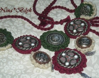 crochet necklace , jewelry , necklace , vintage jewelry , dyeing in the neck buttons decoration