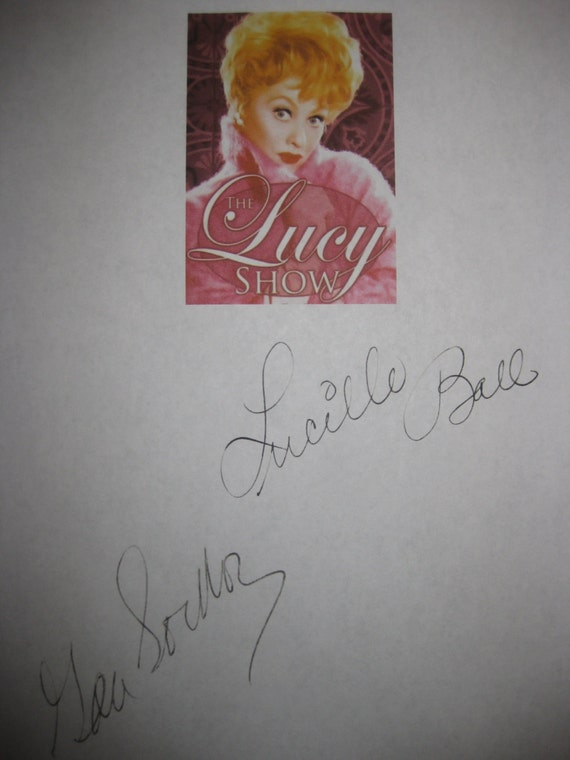 The Lucy Show Signed TV Script Screenplay Lucy Bags A Bargain X2 Lucille Ball Gale Gordon Autograph Classic TV Sitcom signatures
