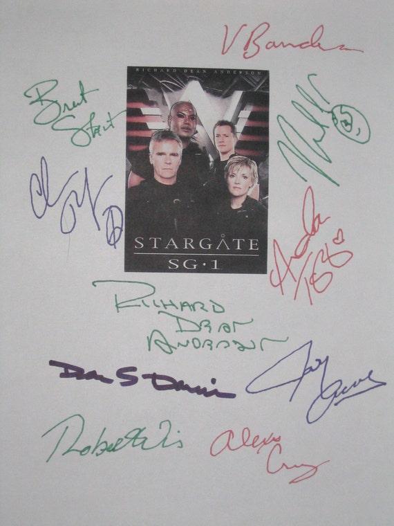 Stargate SG-1 Signed TV Script Screenplay X10 Richard Dean Anderson Michael Shanks Amanda Tapping Christopher Judge Vaitiare Bandera Acovone