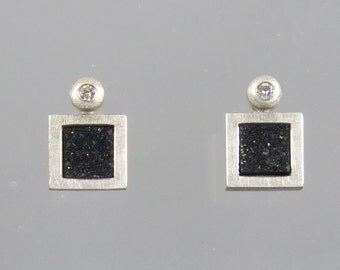 Earrings white brillant 0,04 ct and agate Crystal plate unique mausoleums master work