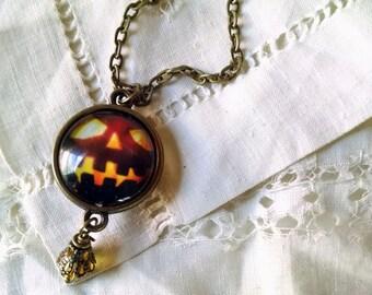 Spooky Jack O' Lantern - Halloween necklace
