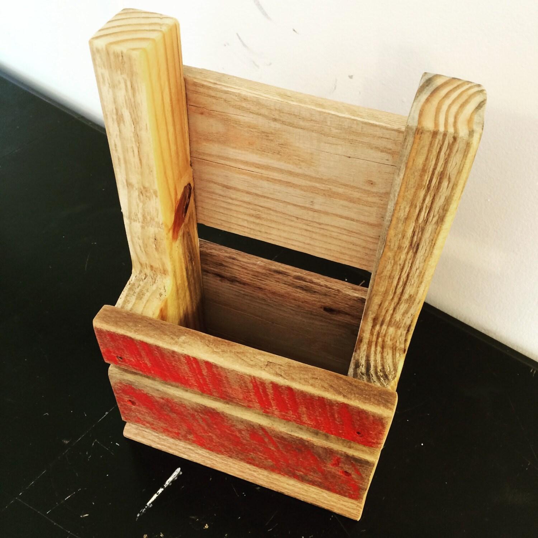 Wooden kitchen utensil holder - Wooden Kitchen Utensil Holder 22