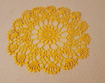 Intricately crocheted Doilies Ø 24 cm