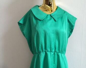 60s MOD dress, Green dress, 60s dress, 70s dress green 70s dress, collar dress. Green dress with collar, vintage dresses, green 60s dresses