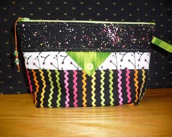 Medium project bag, FREE SHIPPING!!! Cosmetic bag, Kindle or e reader bag, knitting bag
