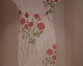 Repro  1950s vintage floral dress