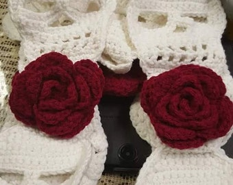Scull scarf with blood red roses