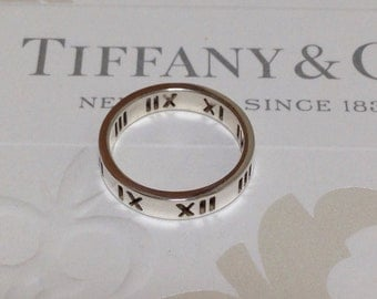Excellent Authentic Tiffany & Co. Atlas Pierced Cutout Ring 4.5 RP200