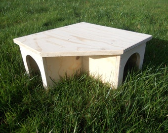Guinea Pig/ Small Rabbit House/ Shelter/ Corner/Tunnel/ 13'' x 13'' x 6''