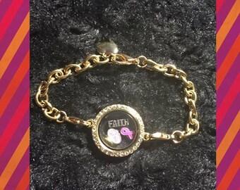 Brest Cancer floating charm bracelet
