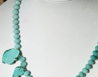 Turquoise Glass Faceted Bead Necklace