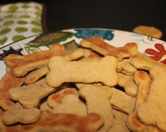 Grain Free Peanut Butter Dog Treats, Home Made, Peanut Butter Banana, Dog bones, All sizes, Limited ingredient