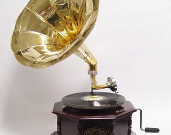 An octagonal grammaphone