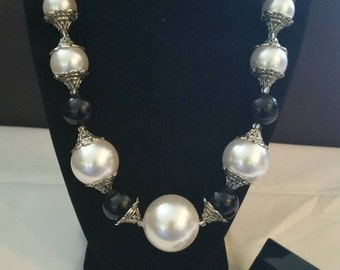 Black, Silver, and White Necklace Set