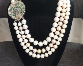 3 Strand Pearl Necklace with Mother Pearl clasp