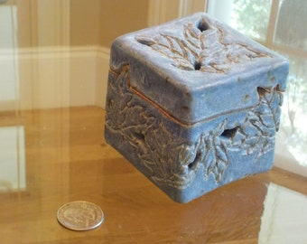Small Purple/Gray/Blue Ceramic Leaf Box