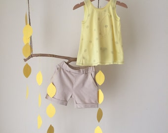 2 pieces set for girl with lemon top and beige shorts